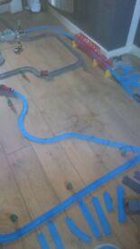 Large thomas track