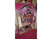 Childrens wooden play dolls house