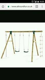 Little tiles swing set
