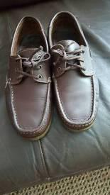 mens size 9 deck shoes