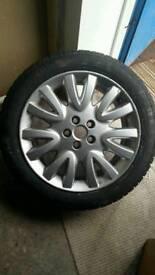 Jaguar xj alloy and brand new Pirelli tyre