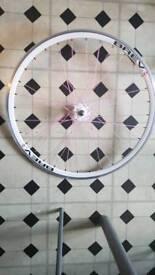 new front brev road bike wheel 700m