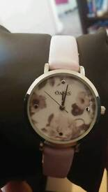 Oasis floral watch