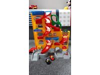 Fisher-Price Little People Wheelies Stand and Play Rampway Garage