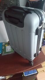 NEW!!!! SUITCASE FOR SALE!!!!!!