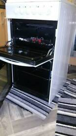 Indesit KD3C1 Electric Cooker