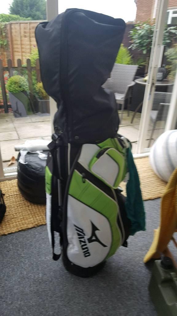 Mizuno clubs and bag