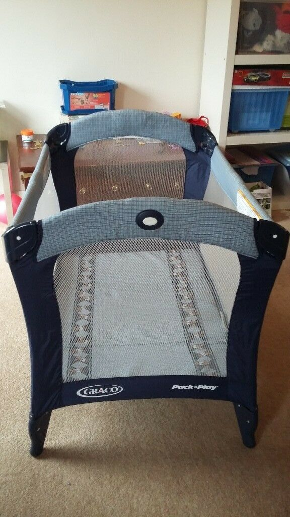 Graco stay n play travel cot (Navy Blue)