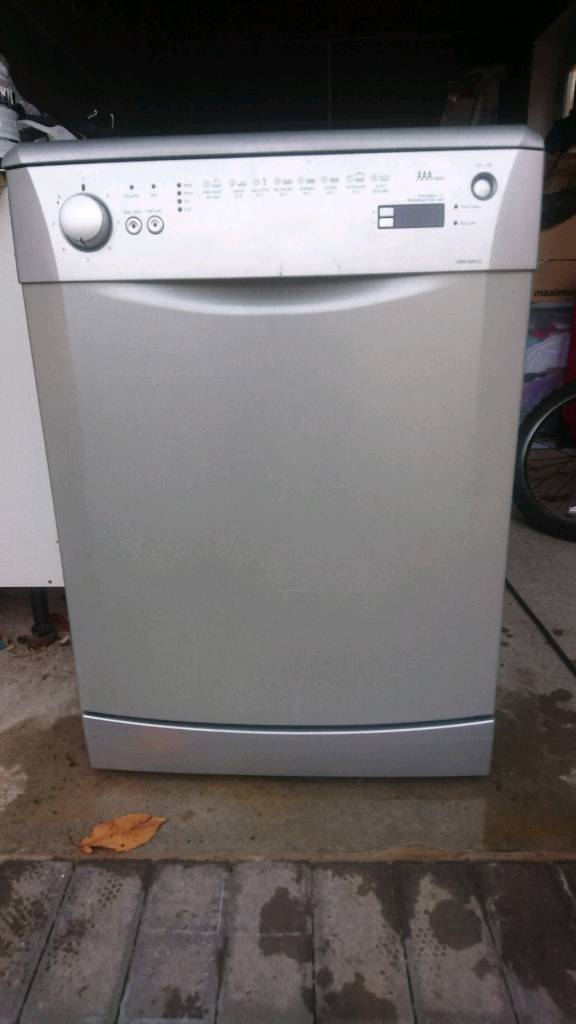 Beko dishwasher - 600mm wide
