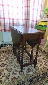 Leaf Table / Foalding Table