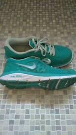Women's Nike trainers size 38