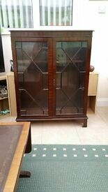 Display/collectables cabinet