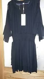Womans blk chiffon dress top size 14/16 brand new with tags