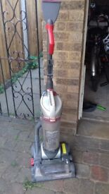 Vax floor2floor performance total home vacuum cleaner. £10