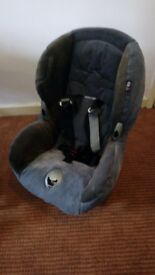 Child car seat Maxi Cosi (0-18 months)