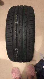 5 tyres 225/40/18
