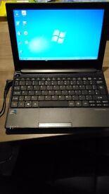 Aspire One D255 Netbook