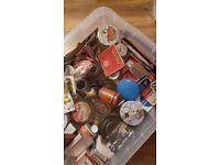 LOOKING FOR TINS, Vintage, retro, avertising tins