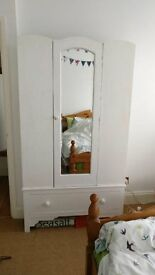 wardrobe vintage white mirror drawer shabby chic very good condition !