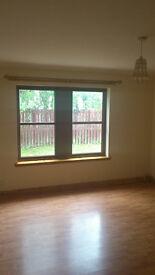 Modern 2 bedroom ground floor flat, in quiet area of Beauly.