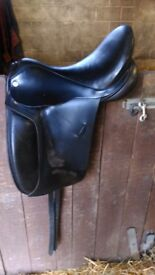 Barnsby black dressage saddle