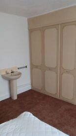 Large comfortable double room for one person only