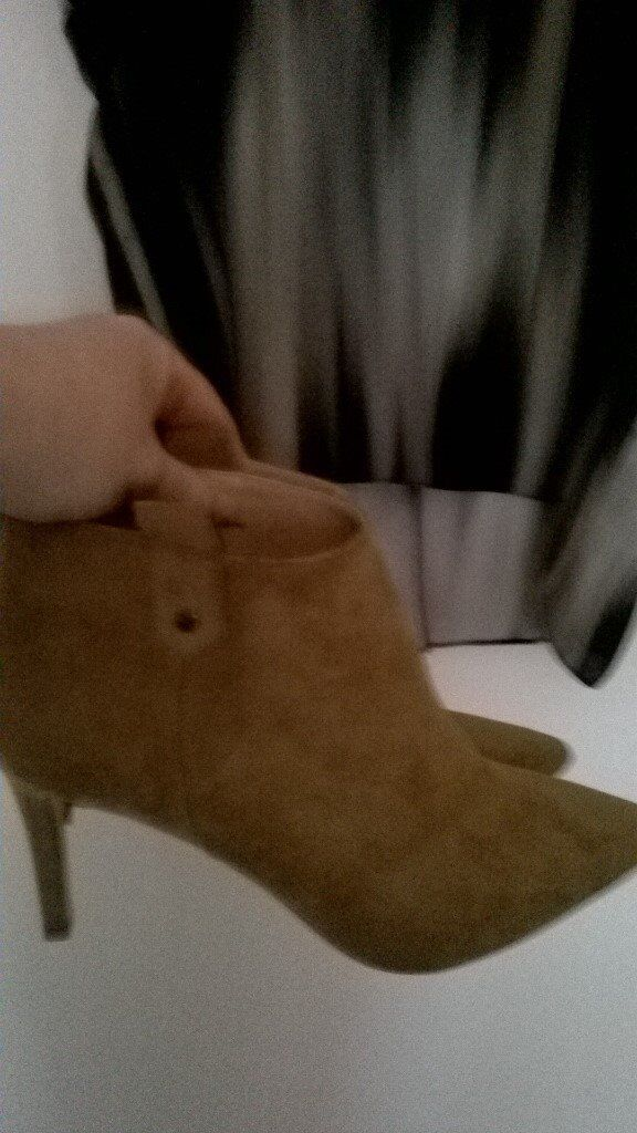 River island boots new with tags