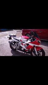 Yamaha R6EB 2000 mint condition 11month m.o.t