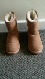 Immaculate Genuine Ugg Boots Size 1