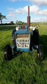 Ford 2000/3000 tractor