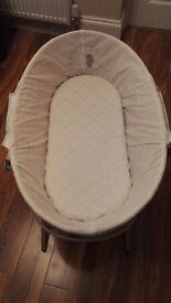 Moses Basket complete with bedding - £12.50