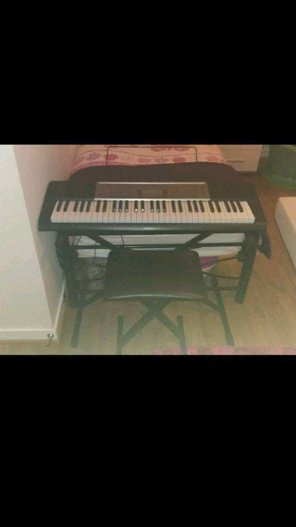 Keyboard casio lk-240