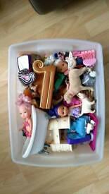 Barbie & Bratz accessories