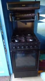 New World Apex gas cooker with oven & eye-level grill - in very good condition & full working order