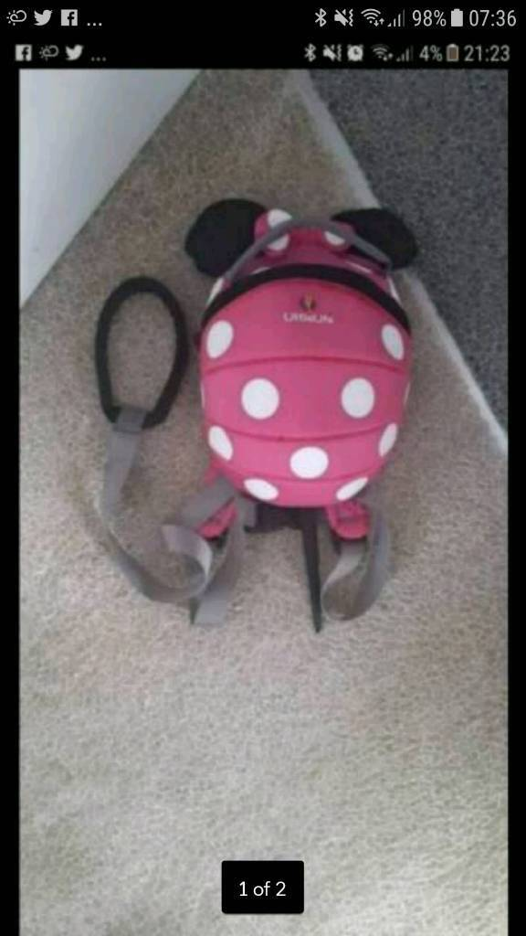 Little life minnie mouse bag and reigns.