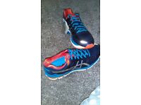 Womans size 8 trainers