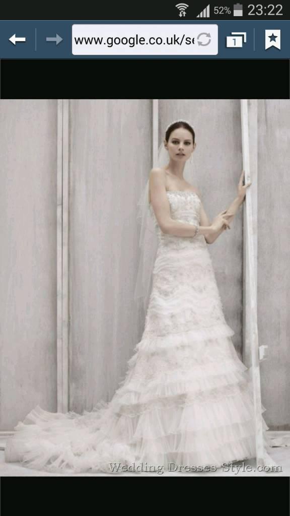 Oleg cassini wedding dress size12 in edinburgh gumtree oleg cassini wedding dress size12 junglespirit Images