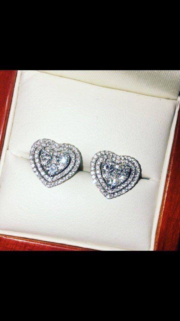 Diamond heart earrings cost £3500 1.15 carrot