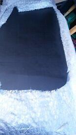 Black leathet headbord 150cm