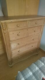 Chest of drawers( reclaimed pine)