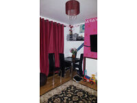 Two bedroom flat Looking for 3 Bedroom in Tower Hamlets