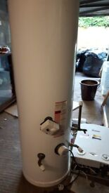 Indirect unvented Hot water Storage unit with expansion vessel