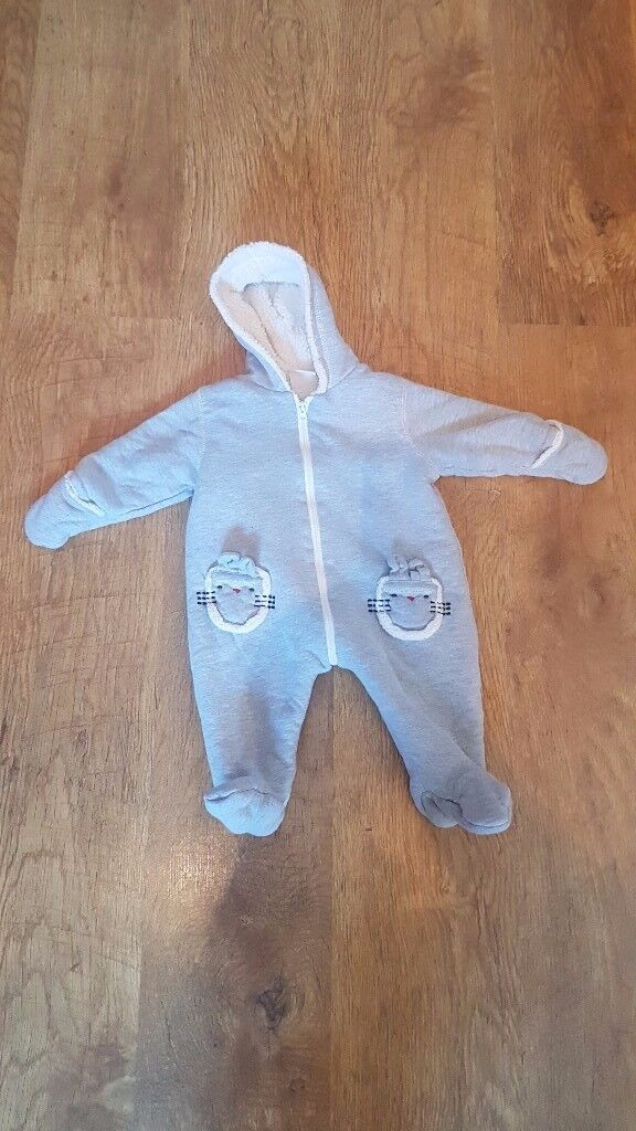 Thick and fleecy pram suit - 3 - 6 months
