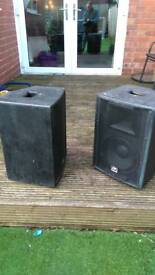 2 pairs of Audio Max passive speakers