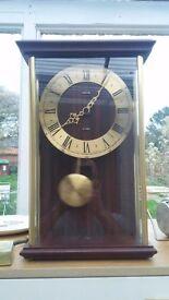 Metamec quartz pendulum clock