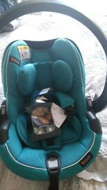 BeSafe izi Go Modular I-size car seat suitable from birth. Group 0+