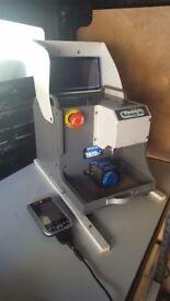 Miracle A5 Key cutting machine. Auto Locksmith.