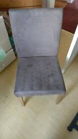 Dining table chairs x4