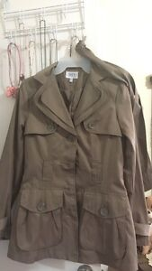 Trench coat size XS - fits as small