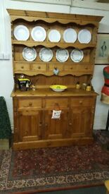 Top quality large solid pine country farmhouse kitchen dresser